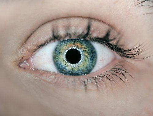 para contorno de ojos